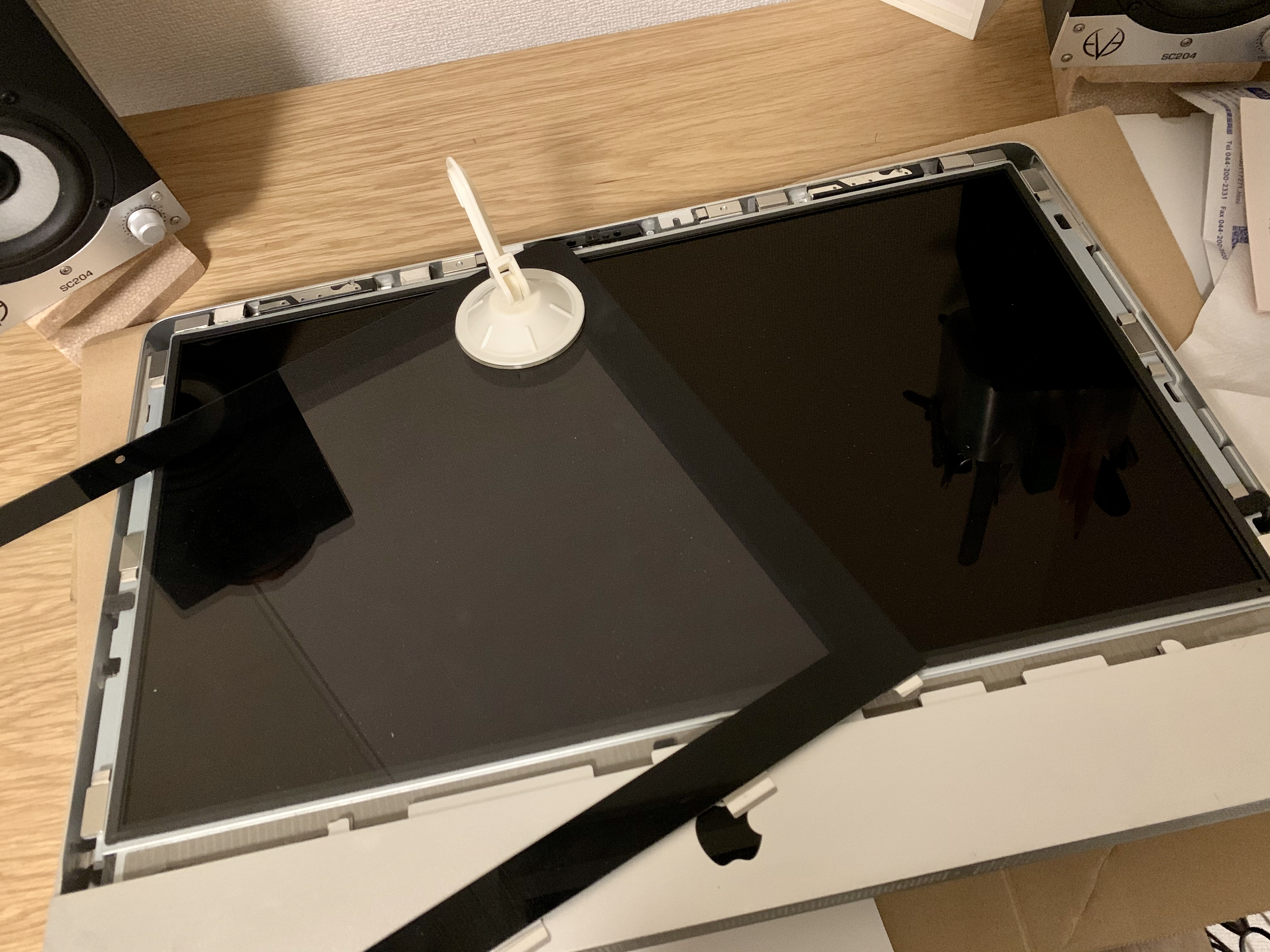 【素人が挑む】電源が入らなくなったiMac 21.5inch , Late 2009を分解する(前半)